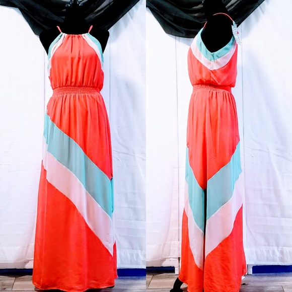 As U Wish Dresses & Skirts - As U Wish, Color Block Coral Maxi size S 🆕🦄